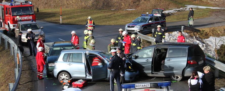 Verkehrsunfall Grafenederkurve